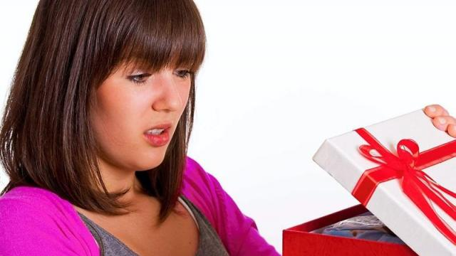 noel.les-cadeaux-empoisonnes-en-un-rayon